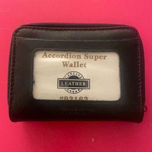 Accordion Super Wallet # 92162
